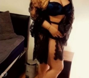 Kareen egyptian escorts in Kingston upon Hull